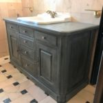 Meuble de salle de bain relookée